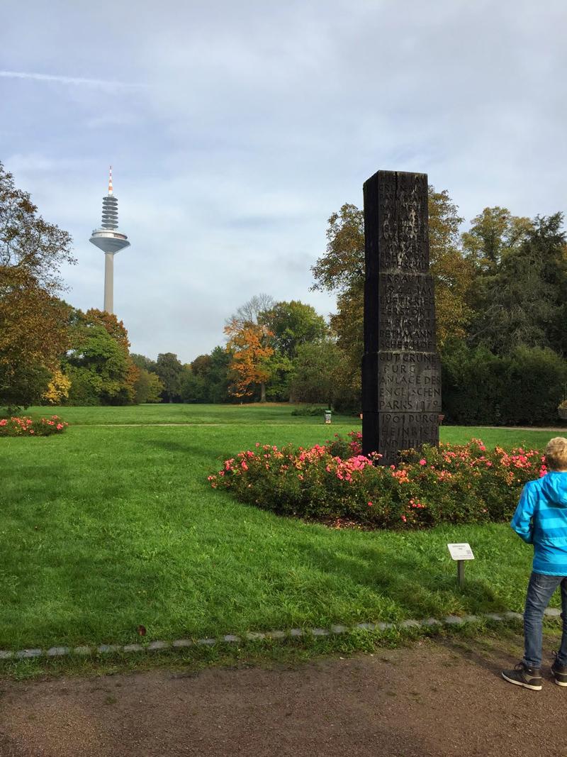 frankfurt sonntag ausflug familie walk in the park geocaching jeckyl